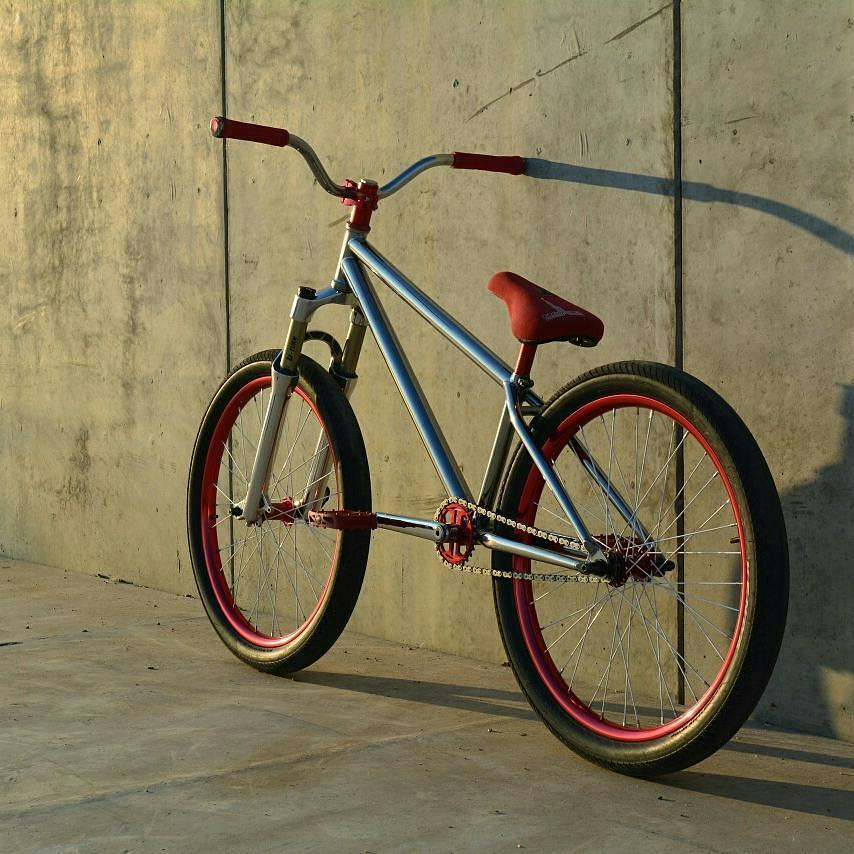 PS Main Frame red machine  from @artem.78805 –  #pridestreet – #psbikes #mainframe