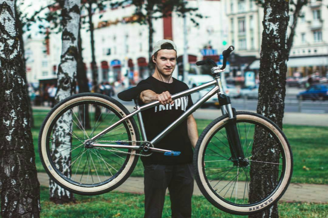 Max Redman  PS Main Frame  from @max_redman27 –  Big dawg @pridestreet #MTB #mainframe #maxxis #rockshox #argyle #mtb26 #tripping #tricks #ridemtb #mountainbike #wakaflocka #bigdawg #flockaveli #pridestreet #odyssey #minsk #belinsta #belarus #likeforlike #nature @plussizebmx @dirtjumpturkey @therisedotcom @bicycle_religion 📷@alexrowdy8q – #psbikes