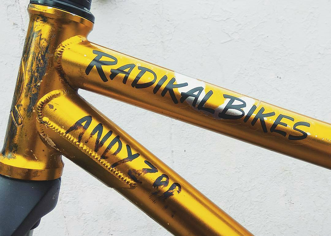 Close look to the Pride Street Shred Frame 26″ from @andyzoomtb –  #radikal_bikes #pridestreet – #psbikes #shredframe