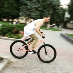 Last holiday day by Serj Matt @serj_matt -  Последний день отпуска😭 Хоть покатать успел☠️ 📹 @pashkek_bmx  #pridestreet #psbikes #psmainframe #psimpulse #psatlas #clean #style #steez #balance #control  #riders #riderschannel  #mtbstreet #mtb26 #mtbpower #mtbgrind #4pegs #street #moscow #russia #ciay #ca #vvcforce #summer #manual #crankflip #manual180 #localspot #bikestagram