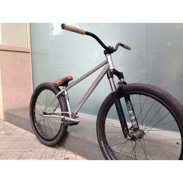 Pride Street Shred Frame Pro version 26″ New improvements with Geo and Look approved by Pro riders like Alexey Sinayko, Alexandr Belevskiy, Serj Matt, Vania Popov and Walter #pridestreet #psbikes #shredframepro