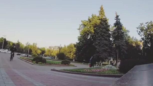 Serj Matt training  from @serj_matt –  Стабилю😓 Вытащил #gopro из дома😂 #pridestreet #psbikes #psmainframe #psimpulse #psatlas #clean #style #steez #balance #control  #riders #riderschannel  #mtbstreet #mtb26 #mtbpower #mtbgrind #4pegs #street #moscow #russia #ciay #ca #vvcforce #summer #actioncam