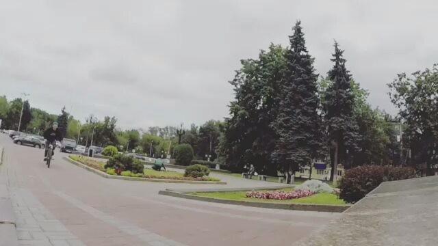 Serj Matt new whip incoming from @serj_matt –  Последний кадр на японочке👌🏽 Не знаю как у меня получилось😅😅😅 @pridestreet  @vvcforce  @ciay  #pridestreet #psbikes #psmainframe #mytischi #russia #localspot #spot #street #style #steez #hard #line #technical #ciay #ca #cashop #vvc #vvcforce #autumn #endofsummer #mtb #mtbstreet #mtbpower #bikestagram #bicycle #4pegs #truestreet #gopro