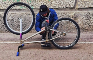 Tuning moments from Egor @egorkamazur - - #pridestreet #psbikes #shredframe