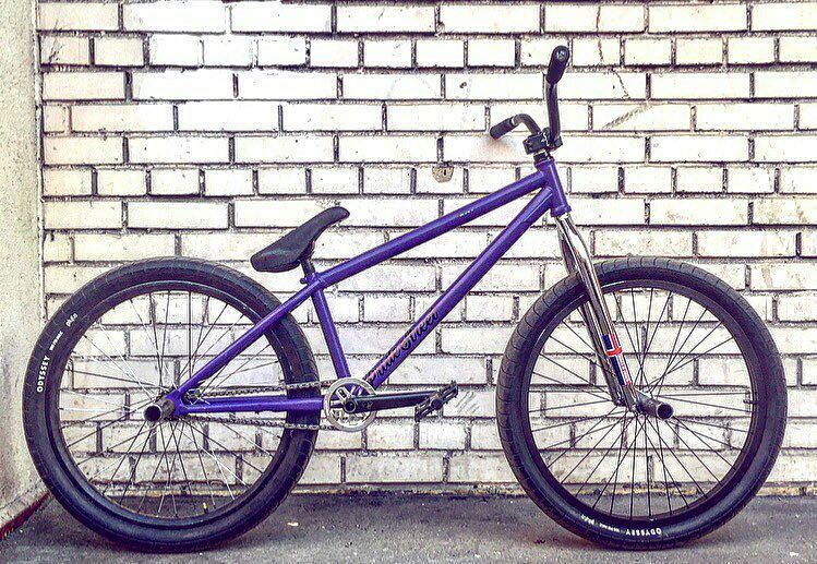 Hard whip from Elnur @elnur101 Pride Street Main Frame  PS Street Meat fork  PS Guard Sprocket  PS Stamina cranks  PS Profit bar  Another look of my @pridestreet street machine #phonk #streetz – #pridestreet #psbikes #mainframe