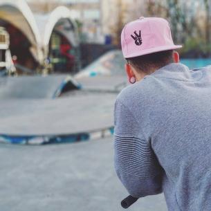 New colors, pink for winter  from @serj_matt -  Новая расцветка снепбэков от @vvcforce 🔥🔥🔥 Теперь розовые😍💗 Успей ухватить у @dima.kharlamov #vvcforce #vvc #style #snapback #moscow #russia #mtb #mtbstreet #riding #steez #autumn