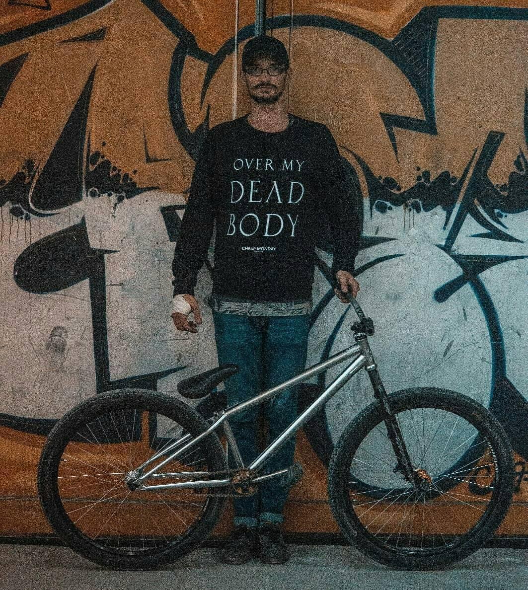 B I K E C H E C K S O O N 🙏 by @doman.andrei 📷 : @marco.ghica #bike #check #mtbstreet #mtbstreet #mtbpower #mtblife #soon #mainframe #pridestreet @pridestreet @bikedistrict – #psbikes